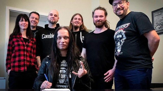 Ektomorf thrashen in Richtung Napalm Records