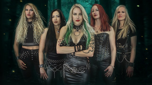 Burning Witches stellen neue Gitarristin vor
