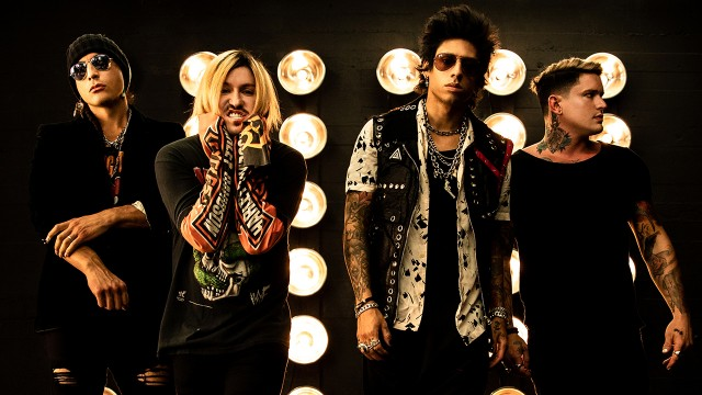 "Escape The Fate supporten ""Sno Babies""-Soundtr"