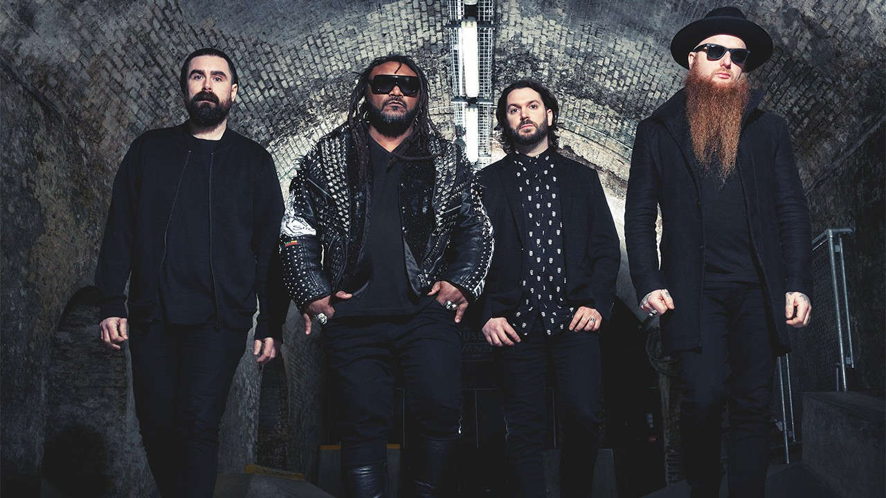 "Skindred re-releasen ""Roots Rock Riot"" im Februar"